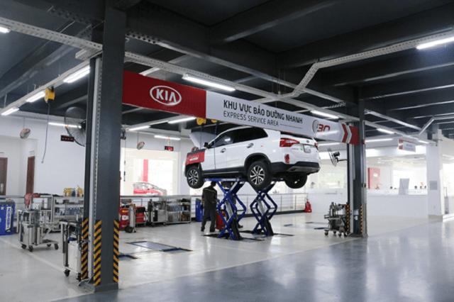 Hình ảnh xe bảo dưỡng tại Kia Gò Vấp Auto.