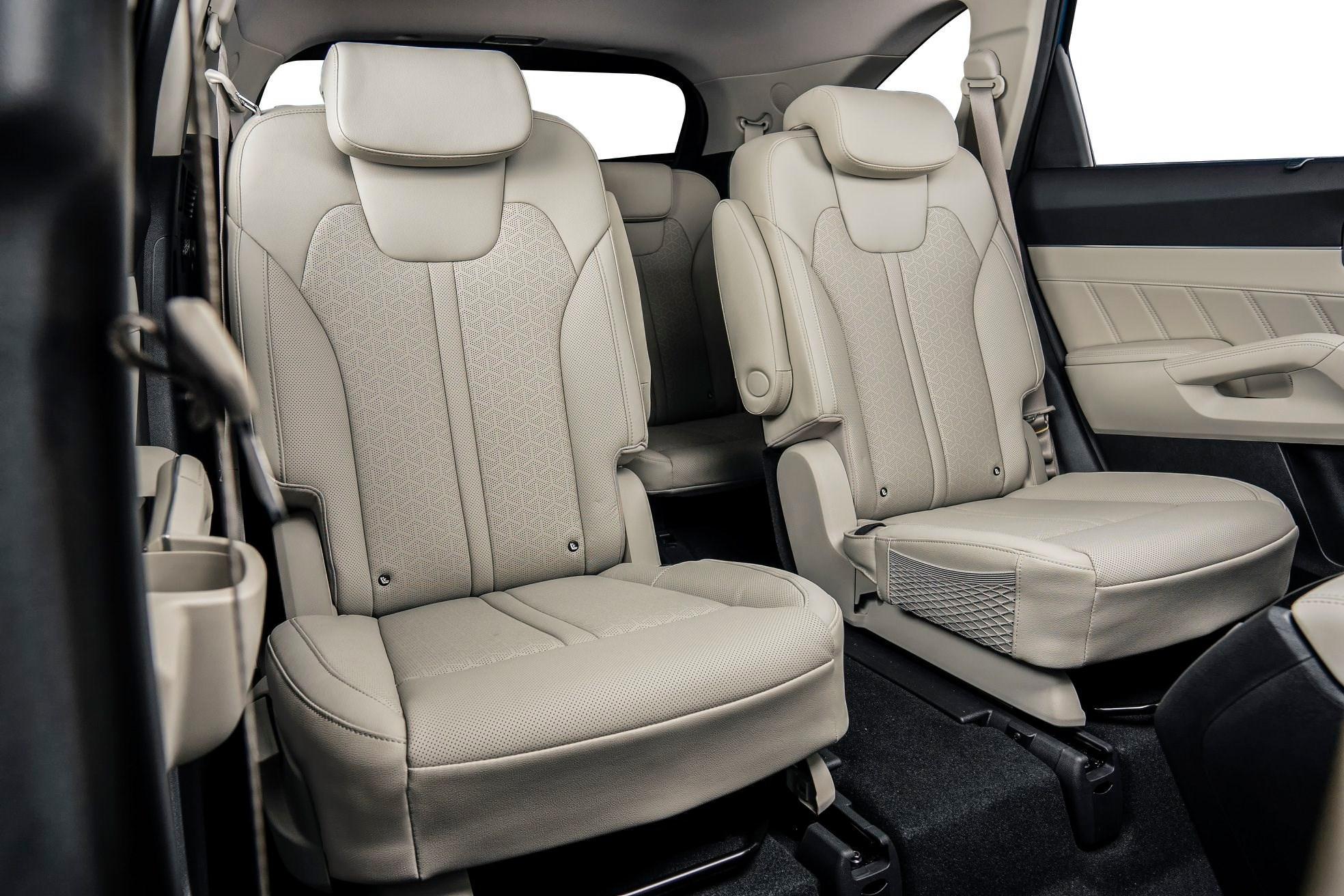 KIA SORENTO 2021 có lựa chọn 6 và 7 ghế đối với phiên bản cao nhất là Signature