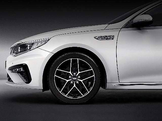 Kia Optima trang bị mâm 18 inch trang bị trang