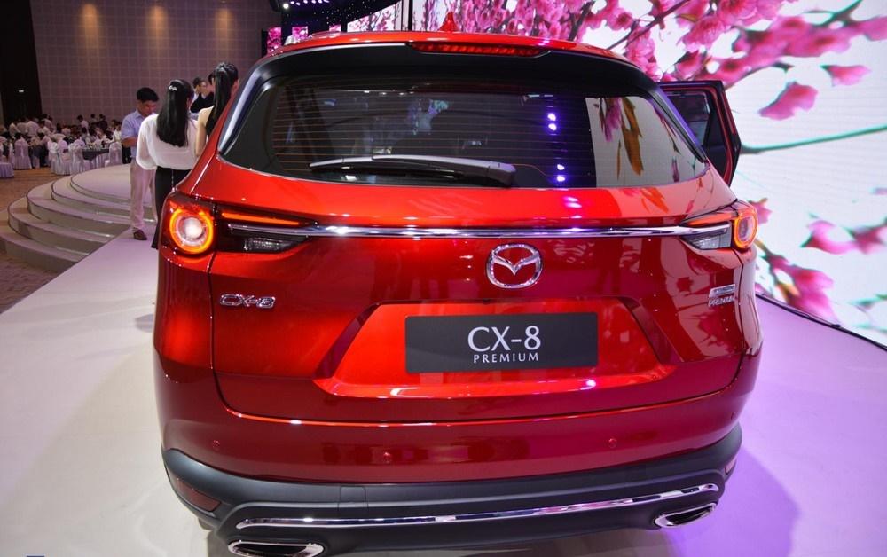 Cụm đèn sau Mazda CX-8