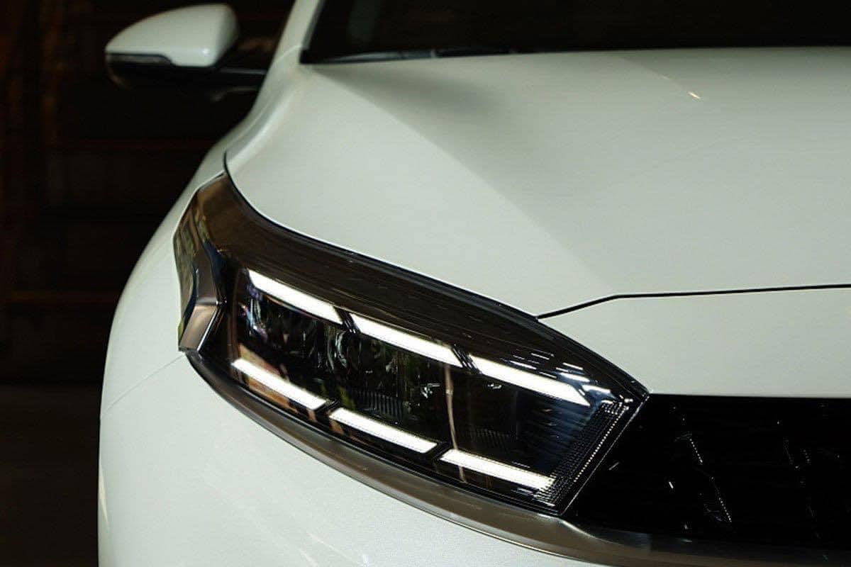 Bộ đèn LED 2 tầng tạo điểm nhấn cho Kia K3